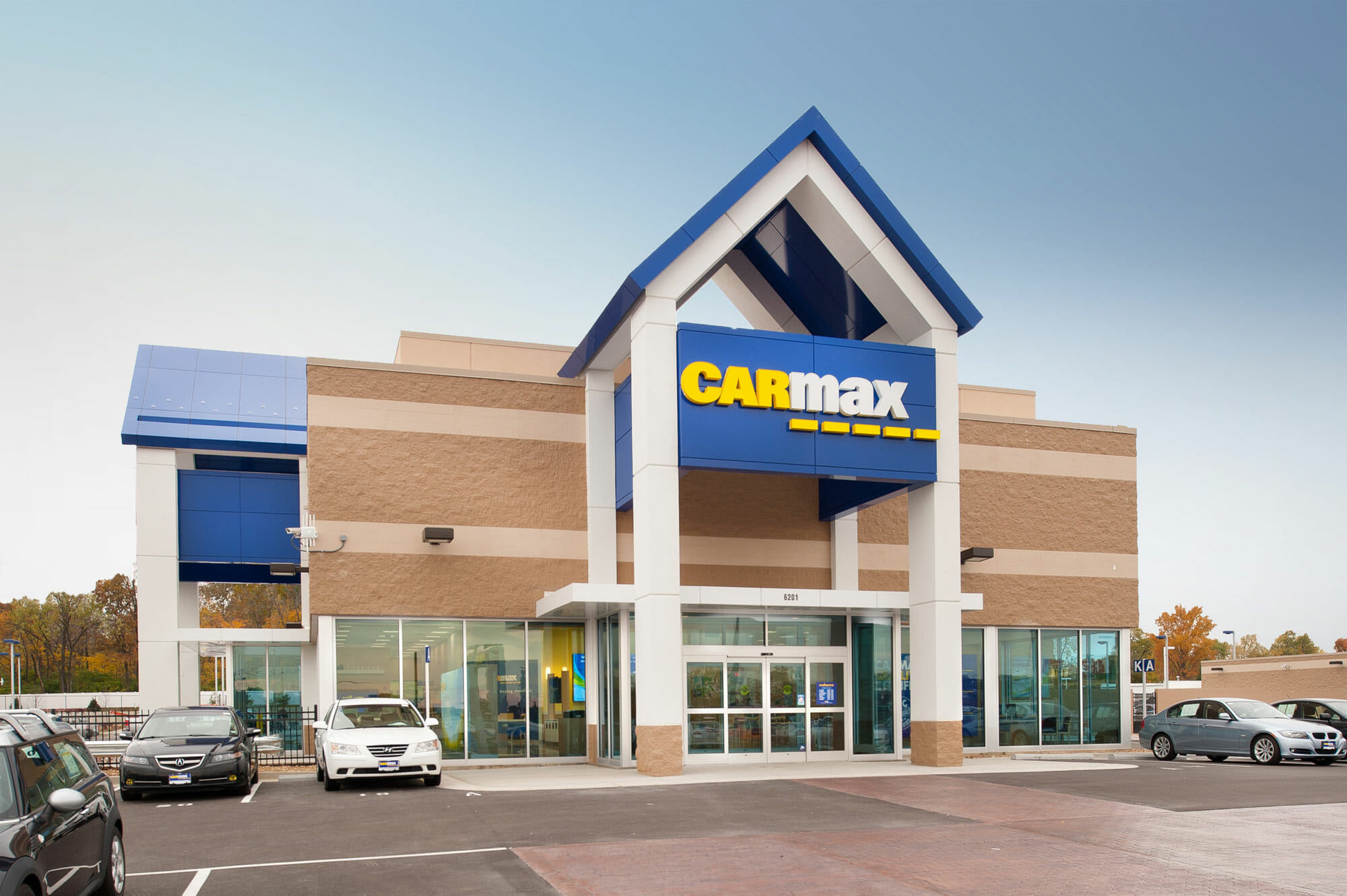PARIC Corp finished the CarMax Retail Location in south St. Louis