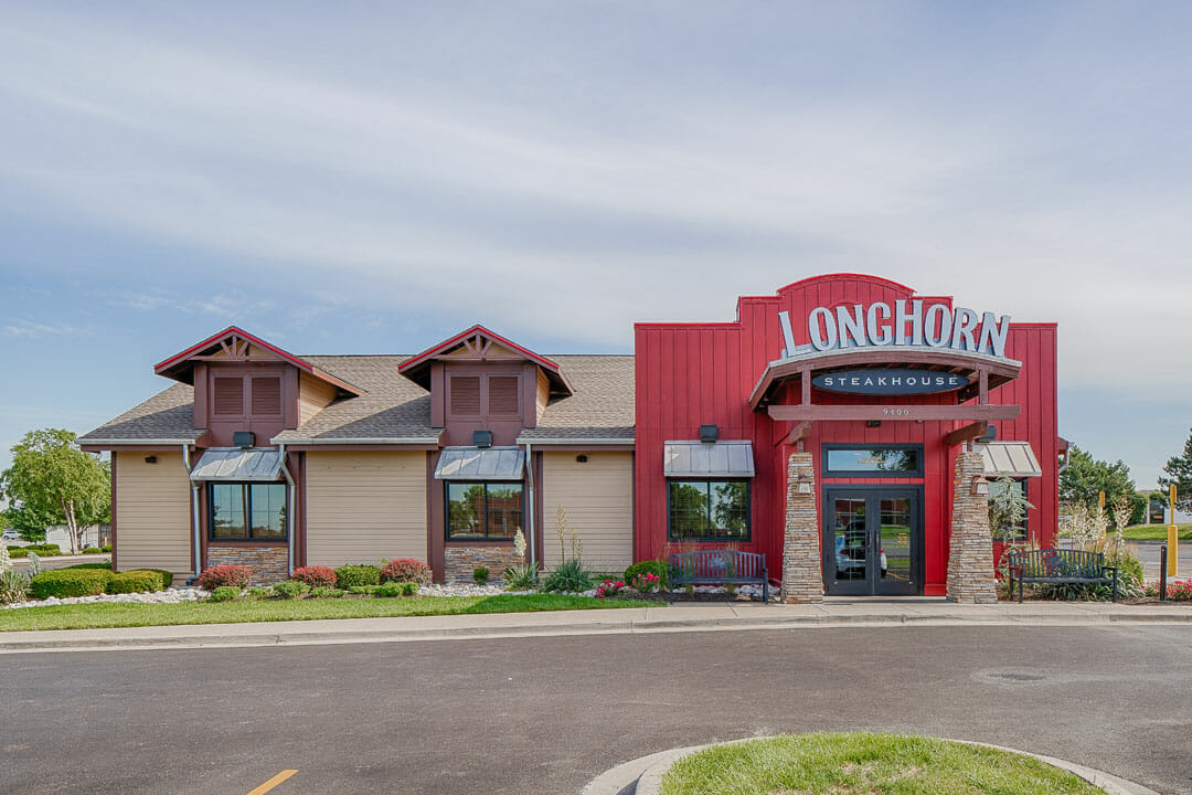 Longhorn Steakhouse Liberty Front View